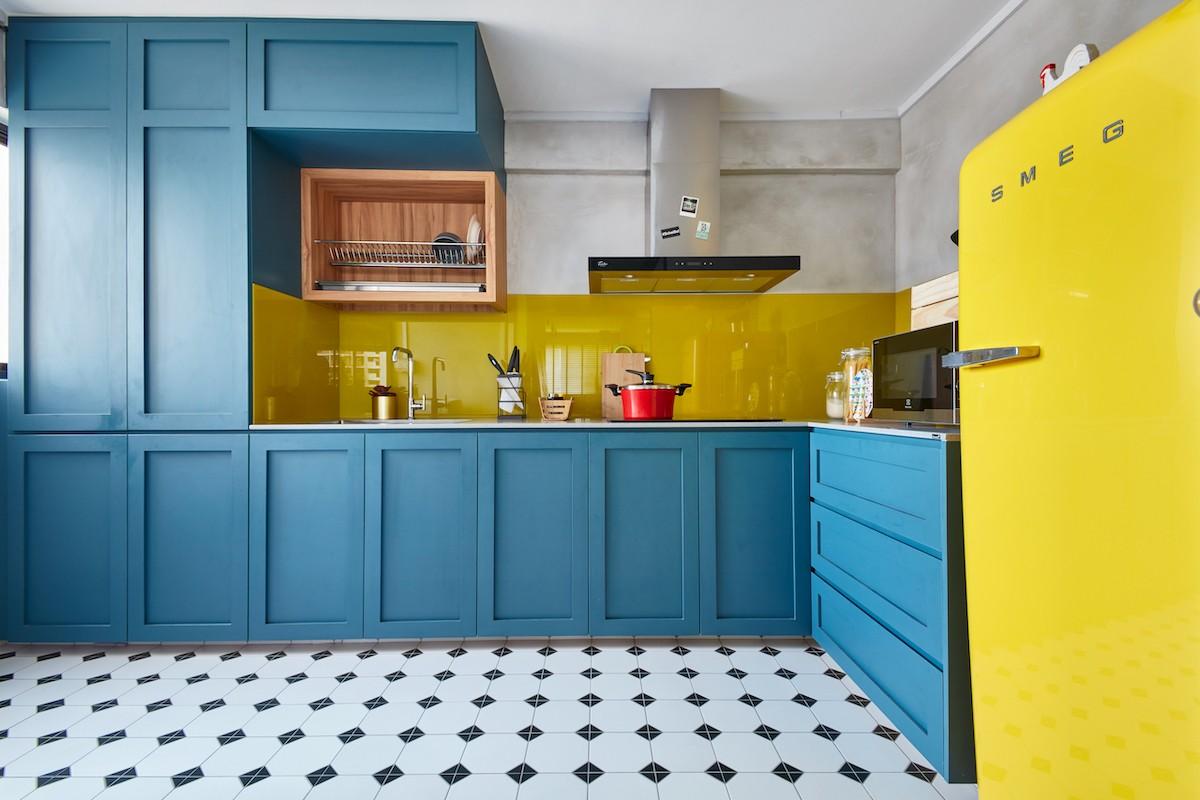 bright kitchen carpentry