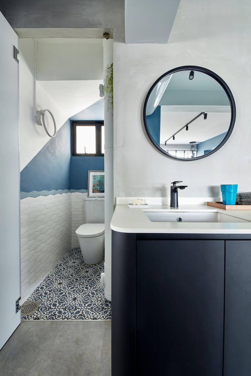retro inspired toilet